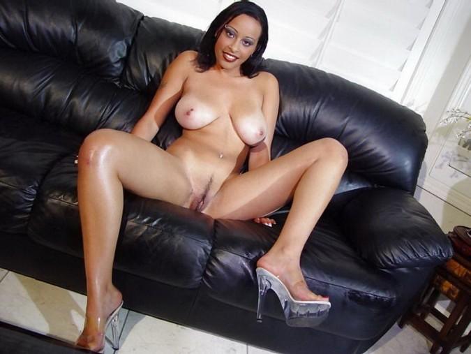 ebony singers nude