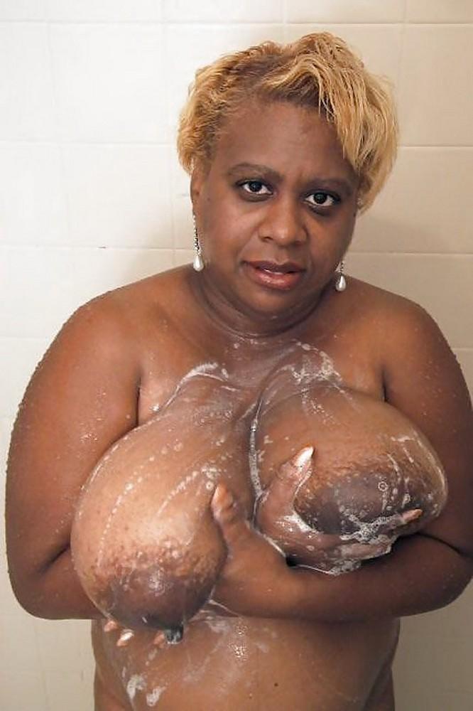 free naked black woman pic