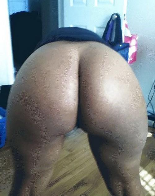 nude elaine black