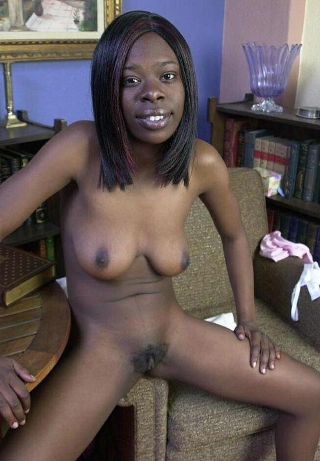 naked black lesbian women