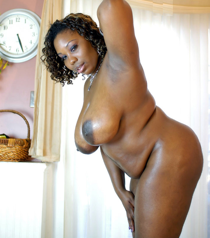 ebony black wet pussy