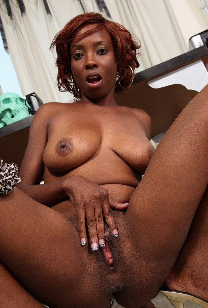 naked black girls very hot