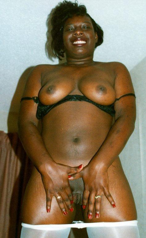 ebony hot cam