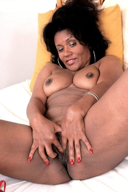black sex and cumm inside