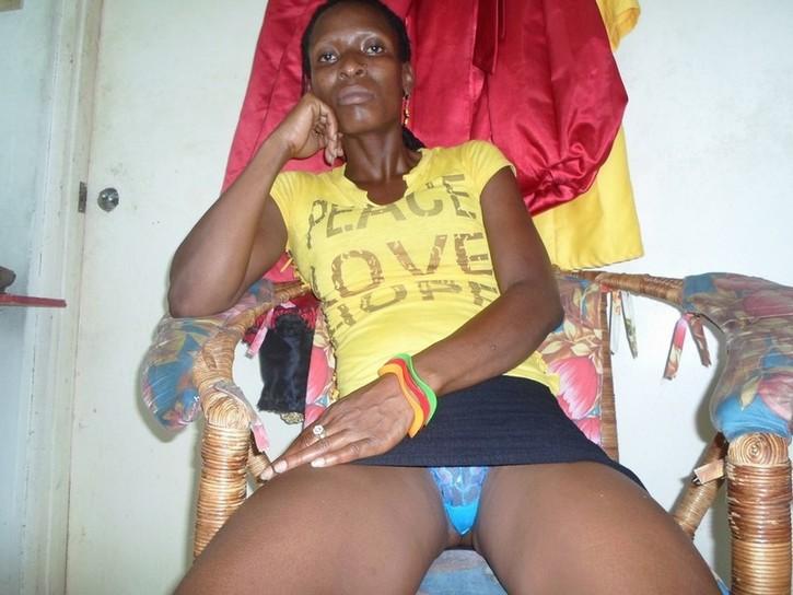 black girls naked clips